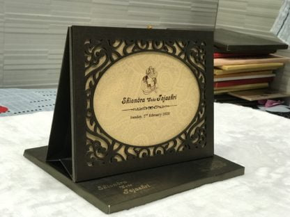 lasercut frame card